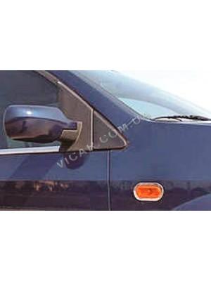 окантовка на повторители поворотов Ford fiesta (2002-07)