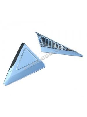 Накладка-треугольник на стекло косынку Mercedes Sprinter (06+)