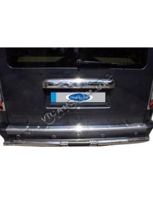 Накладка на задний бампер Ford Tourneo Connect (2002...)