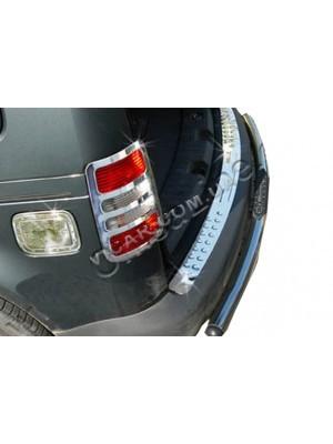 Накладка на задний бампер Volkswagen Caddy (2004...)