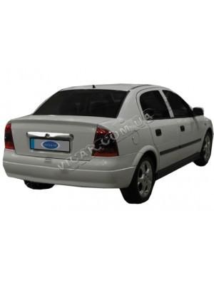 Планка над номером на крышку багажника Opel Astra G (98-09)