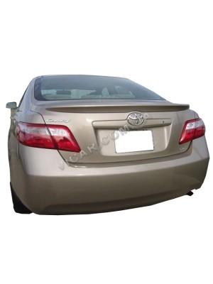 Сабля на крышку багажника Toyota Сamry 40